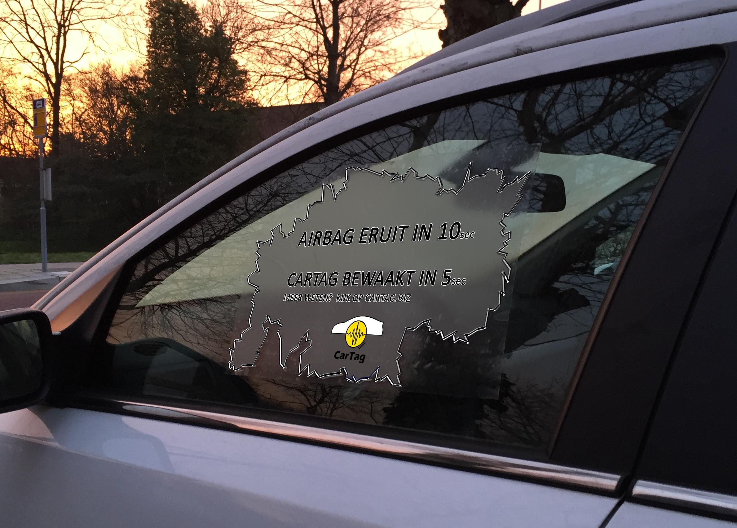 Airbag eruit in 10 (sec),  CarTag bewaakt in 5(sec)